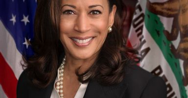 Official headshot of United States Senator Kamala Harris